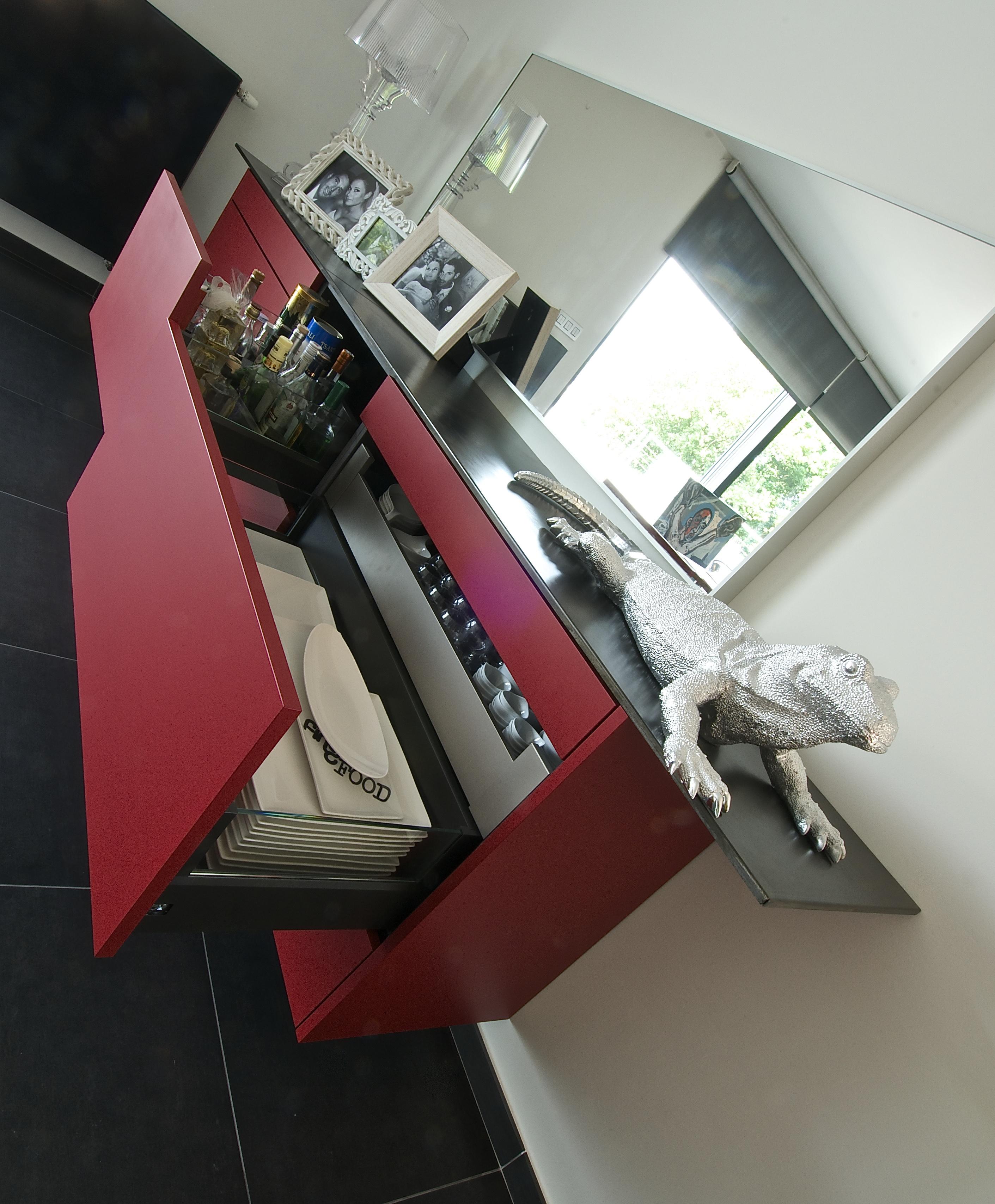 meuble sur mesure decorateur pierre wege liege pierre wege. Black Bedroom Furniture Sets. Home Design Ideas