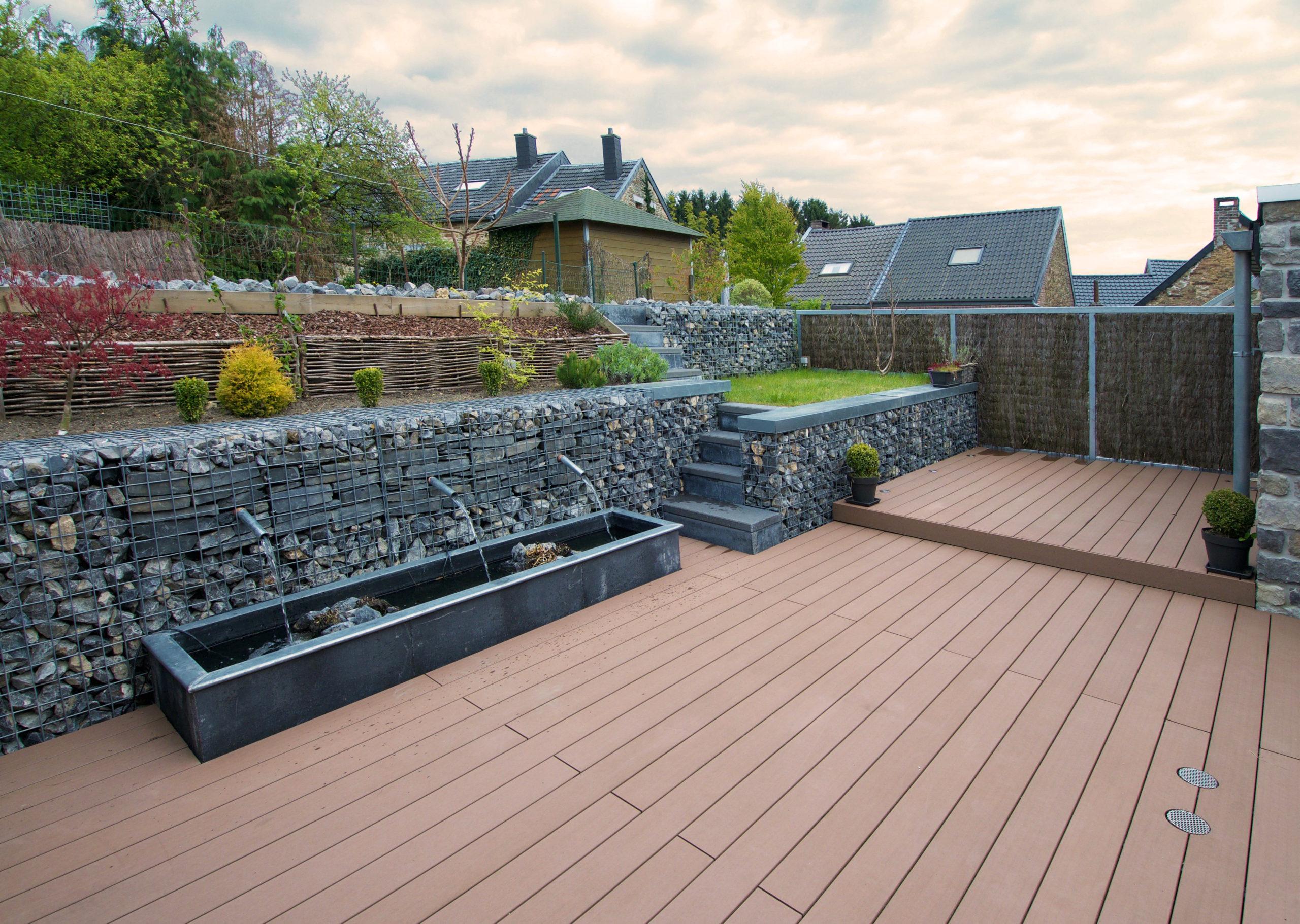 terrasse composite et gabions